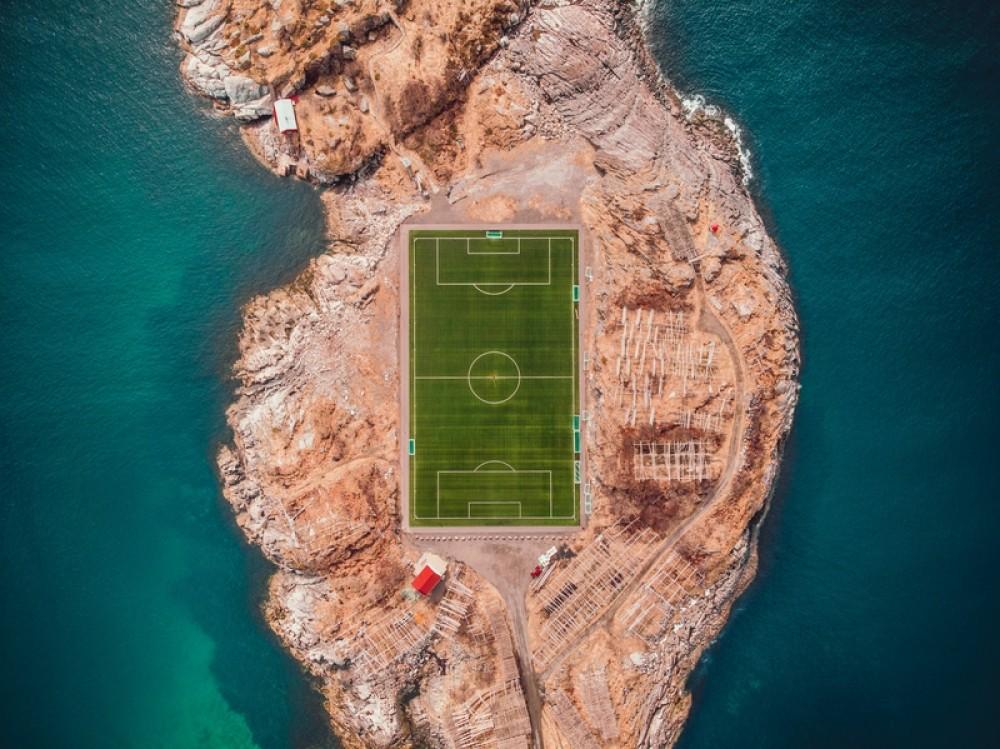 Boisko do piłki nożnej, płyta boiskowa, piłka nożna, football