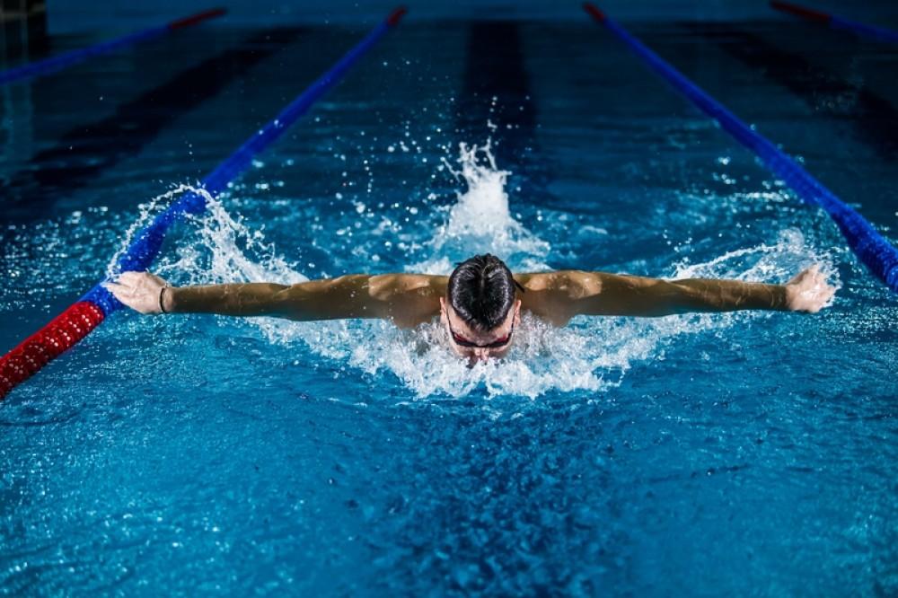 pływanie, sporty wodne, pływak